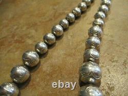 20 DYNAMITE Vintage Navajo Graduated Sterling Silver PEARLS Bead Necklace