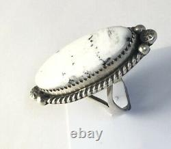 Native American Sterling Silver Navajo Indian White Buffalo Ring Size 7 Signed