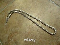 24 Authentic Vintage Navajo Argent Sterling Pearls Collier De Perles Sur La Queue De Renard
