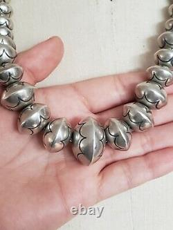 Collier De Perles D'argent Sterling Zuni Vintage 22.5 Inches Signé Lh