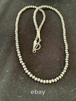 Native American Navajo Pearls 4mm Sterling Silver Collier De Perles 18 Vente 820