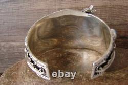 Navajo Indien Turquoise Sterling Silver Wolf Cuff Bracelet Thomas Yazzie